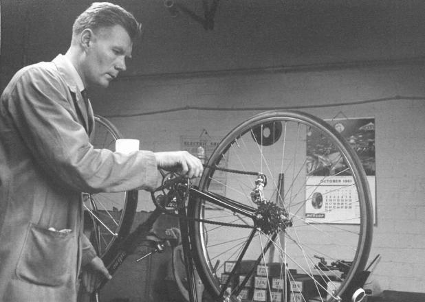 Jack Rollitt working at Uppadine