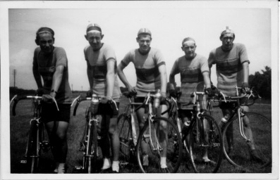 Doncaster Central R.R.C. Massed Start Team. British League of Racing Cycling. (BLRC). L to R. Derek (Eggy) Shillitoe, Tex Bath, Pete Fenton, Brian Sprakes, Ron Jubb.